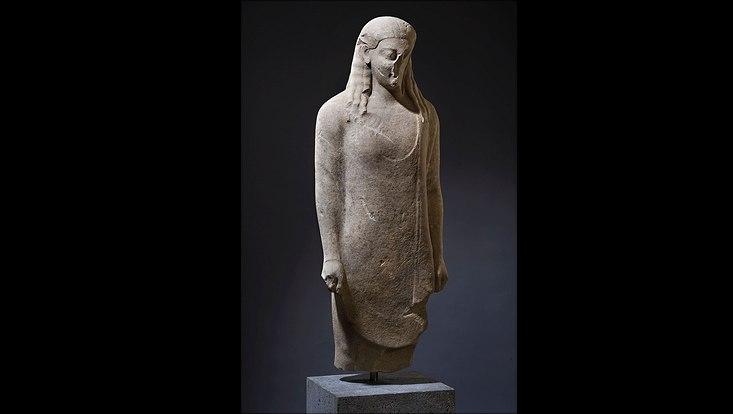"""Statue eines Kouros, ostgriechisch um 540/30 – Herkunft: """"Phoenix Ancient Art (aus einer deutschen Sammlung)"""""""
