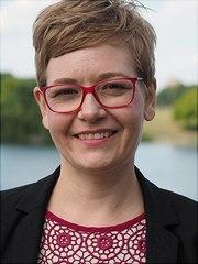 Dr. Caroline Herfert