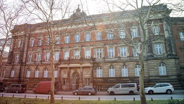 Fassade Gorch-Fock-Wall 3