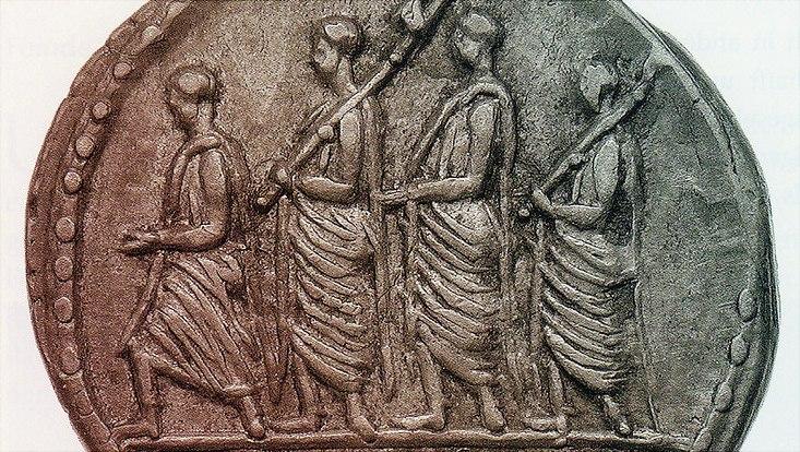 M. Iunius Brutus, Denar, 54 v., Consul zwischen Ausrufer und 2 Liktoren (Kampmann, Adler Roms 2011, 43)