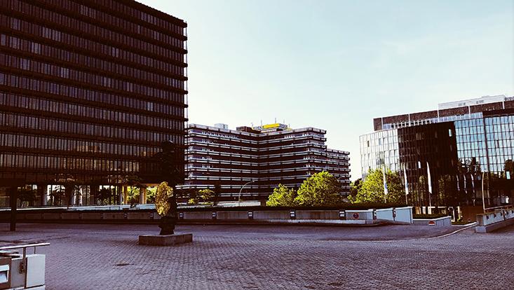 Universitätsgebäude im Überseering 35