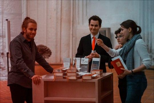 Dank der Mithilfe der Studierenden des Fachbereichs konnte der Festgottesdienst in der Hauptkirche St. Katharinen reibungslos durchgeführt werden.