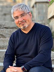 Dr. Michael Oliva Córdoba