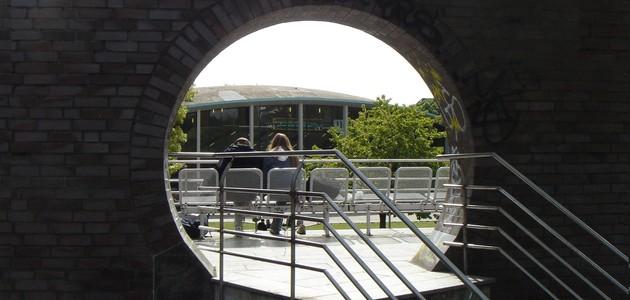 Durchblick auf dem Campus