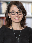 Dr. Anna Artwińska