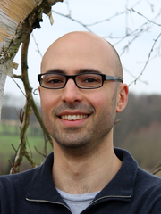 Dr. Stefano Valente