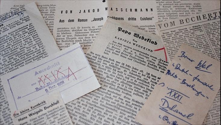 Exil-Sammlung von Zeitungsartikeln